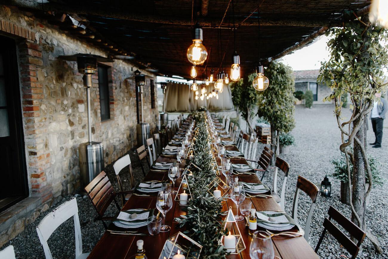 cena di matrimonio sotto la pergola
