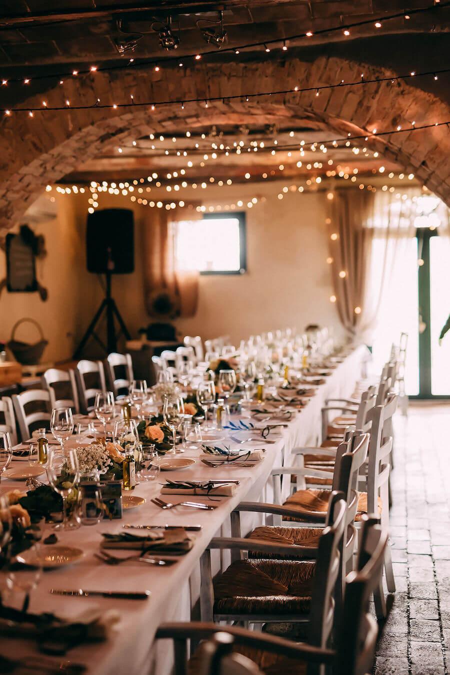 wedding in taverna