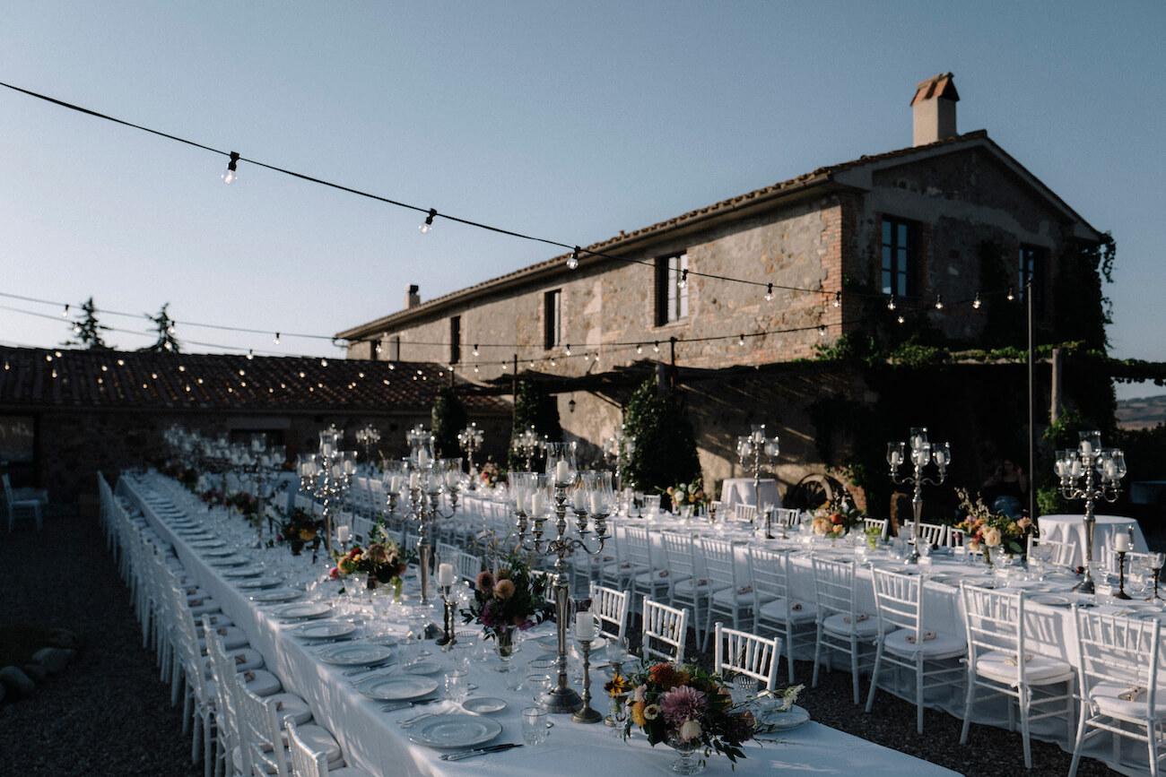 cena di nozze all'aperto